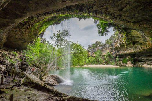 Bee Cave, Texas