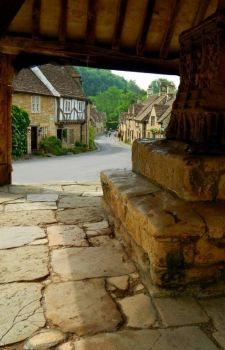 Castle Combe, Wiltshire, Cotswolds, England, UK  4220