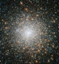 Globular Cluster M15 from Hubble