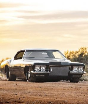 72-Buick Riviera