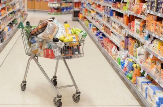 THE INVISIBLE MAN GOES SHOPPING