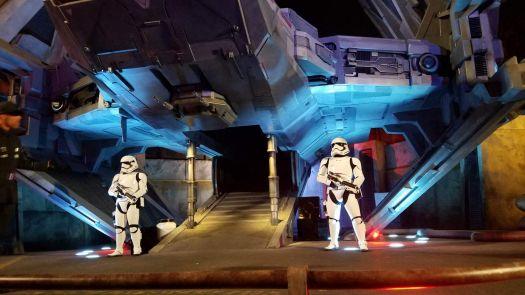 Disneyland Galaxyvs Edge