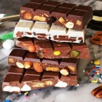 HAND MADE CHOCOLATE BARS TO YOUR ORDER.