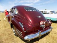 Cadillac,  1941...could've been a LaSalle.