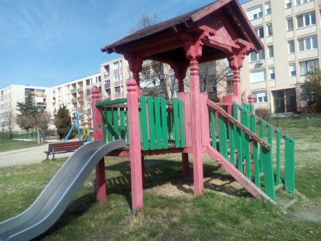 Playground 16a