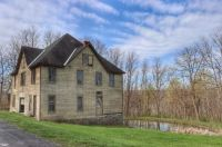 #195 Barn Blue Goose Grape Farm Carriage House Kucko