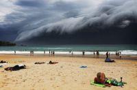 Cloudy day at Bondi beach ...