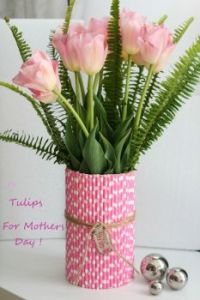 using-paper-straws-to-makeover-a-vase-for-spring