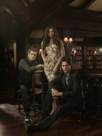 vampire-diaries-season-2-promotional-photo-18