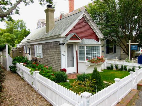 A perfect cottage, Provincetown, MA, by BriYYZ from Toronto, Canada
