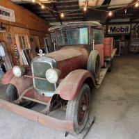 VICE GRIP 1925 Studebaker Truck