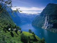 Cottages-in-the-Fjords-Norway.