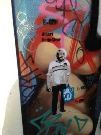 Street Einstein