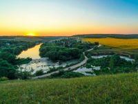 Beautiful Sword River