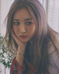 Girls' Day Yura