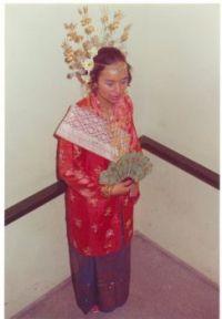 Minagkabouw bride