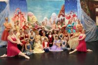 Nutcracker dancers 2016