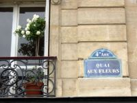 Paris - Right street name for some flowers