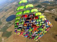 skydiving in formation