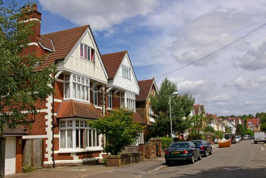 Edwardian houses on Eversfield Road, Reigate, Surrey.  Photo by Ian Capper