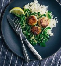seared scallops with watercress