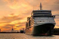 Queen Elizabeth docked in Southampton last night.