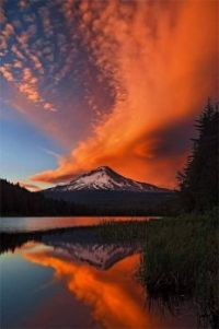 Crazy magical shot of Mt Hood