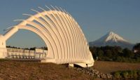 Te Rewa Rewa bridge, New Plymouth walkway. New Zealand