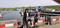Jigidi ontmoeting/meeting met Lia; aan de haven van Stellendam een visje eten/ eat fish at the harbor of Stellendam
