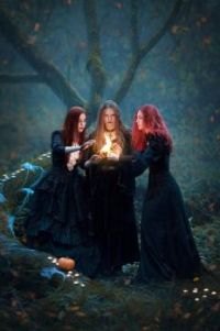 Witches, by Vvola