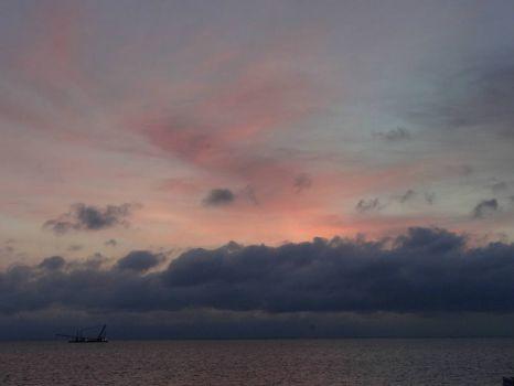 Urk, zonsondergang met wolken