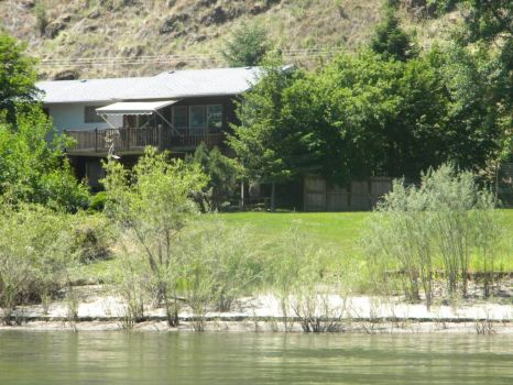 House on Snake River, WA