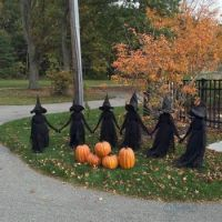 30-Awesome-Outdoor-Halloween-Decorations-Ideas-1   'Justine's Halloween'  2