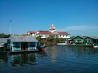Cambodia - Houses on the river