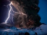 Iceland    Eyjafjallajökull Volcano Eruption