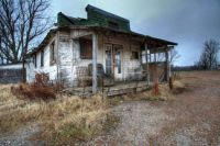 Old building in Cloverdale TN
