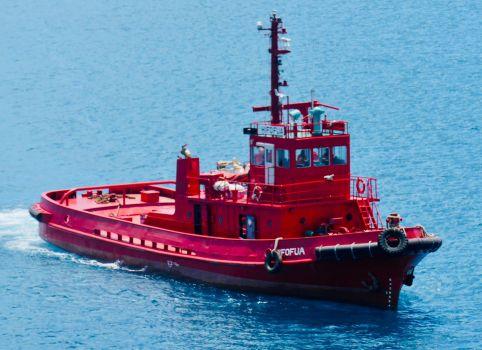 Red Tonga Tug Hifofua