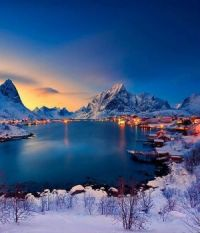 Last light on Reine, Norway by Christian Bothner