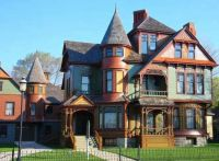 Hume House Historic Victorian Mansion in Muskegon Michigan