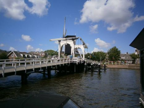molen de put leiden holland