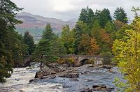 Falls_of_Dochart,_Killin,_Perthshire,_Scotland