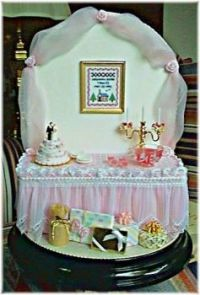 Wedding memento - miniature wedding table