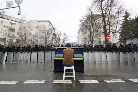 The Piano Player of Kiev December 7, 2013