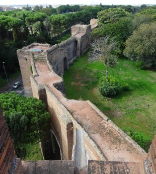Roman Aurelian Wall from above
