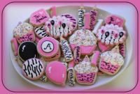 Pinknblack Tuesday Treats - Enjoy