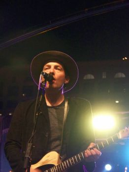 Jakob Dylan of the Wallflowers sings Hello from Streetbeat San Diego