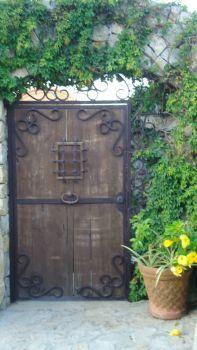 Cabo doorway