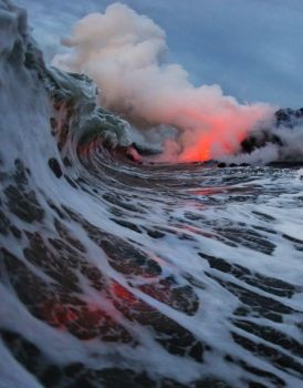 Lava flow meets the Ocean