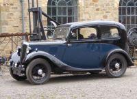 1936 Morris Eight Saloon-03