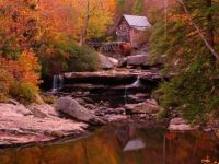 Water wheel in fall
